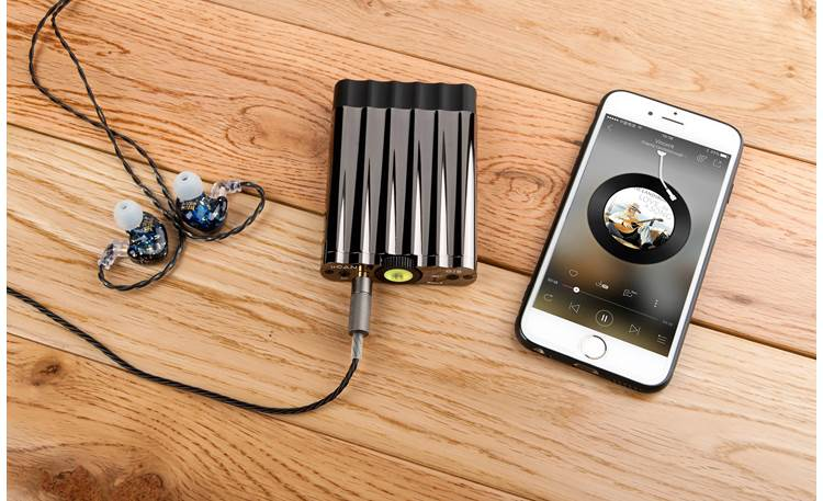 iFi Audio xCAN Built-in Bluetooth for playing music wirelessly from your phone