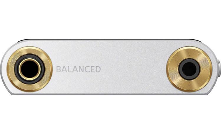 Sony NW-ZX507 Walkman® Has both 4.4mm balanced and 3.5mm stereo minijack headphone output