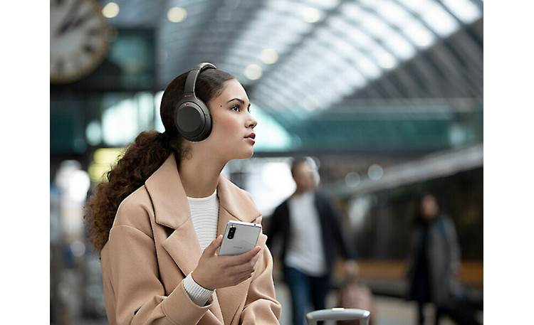 Sony WH-1000XM4 Sony's state-of-the-art noise-canceling circuitry takes into account your surroundings and location