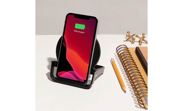 Belkin BOOST↑CHARGE™ Holds smartphone upright for use while charging