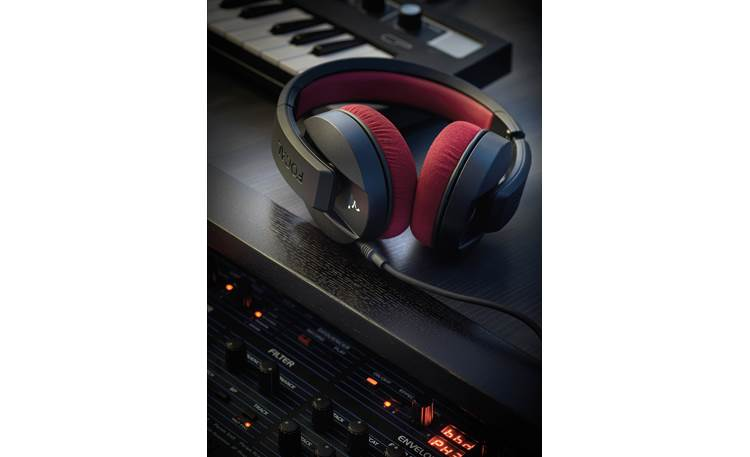 Focal Listen Professional Designed for studio use