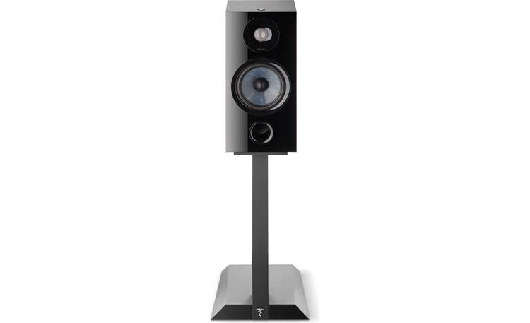 Focal Chora 806 Shown on optional matching stand (sold separately)