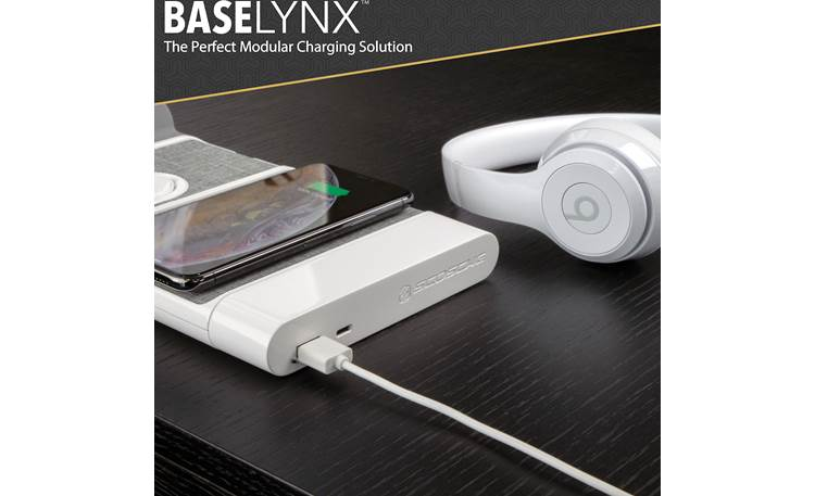Scosche BaseLynx™ BLPE-XTSP Features a USB-A and USB C port (headphones and modular charger not included)