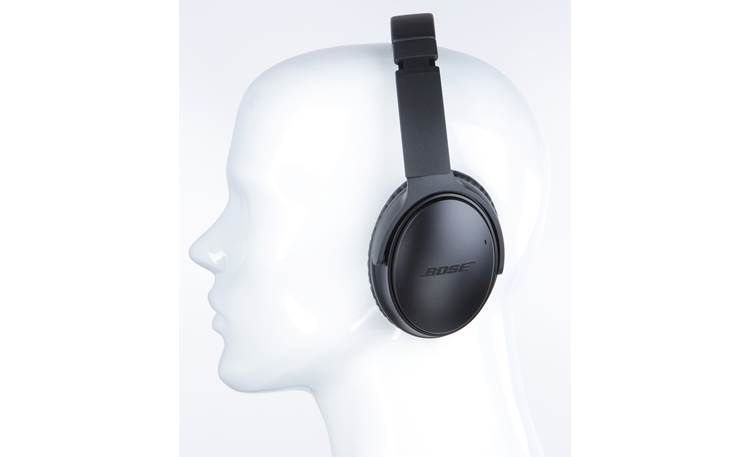 Bose® QuietComfort® 35 wireless headphones II Mannequin shown for fit and scale