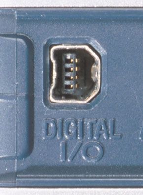 Mini-USB port