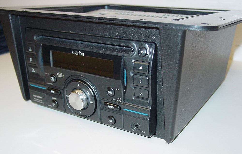 "Universal Underdash Housing USB AUX Radio 3/"" Flush Mount RV Ceiling Speakers"