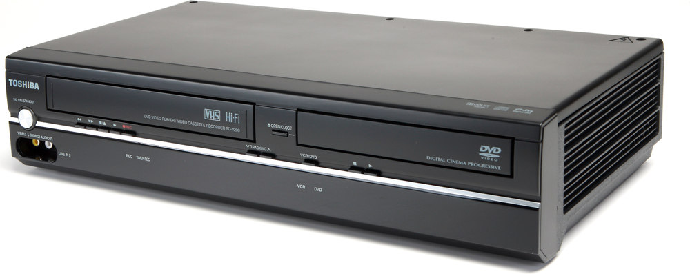 toshiba sdv296 tunerless dvd player vcr combo at crutchfield com rh crutchfield com Toshiba DVD VCR Combo Zenith XBV713