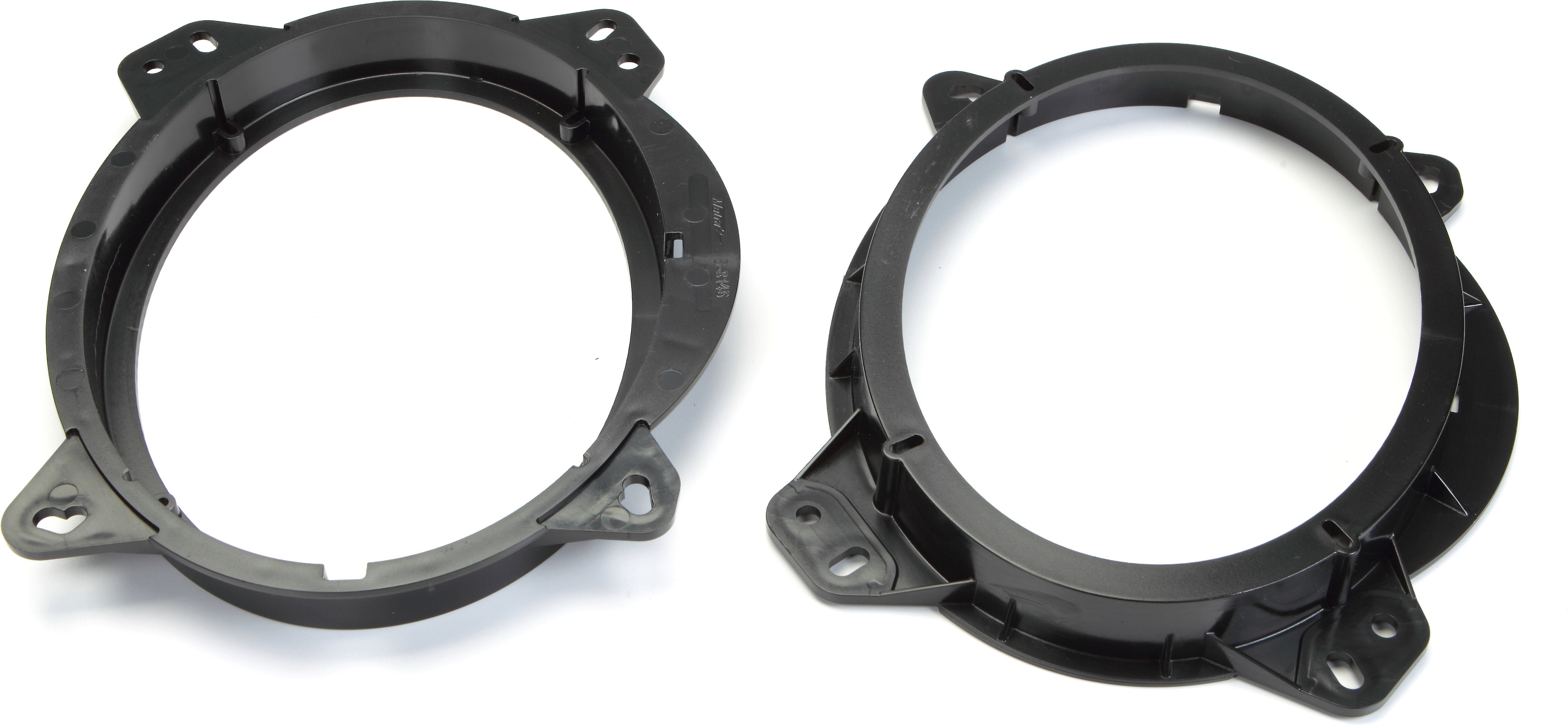 Metra 82-8147 6-6 3//4 Speaker Adapter for Select Toyota and Lexus Vehicles