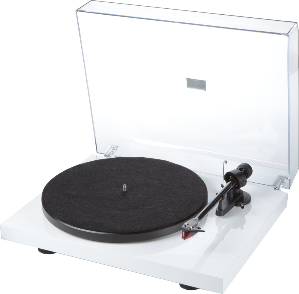 Pro-Ject Debut Carbon (DC) (Gloss White) Manual belt-drive turntable with  pre-mounted cartridge at Crutchfield.com