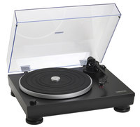 Audio-Technica AT-LP5  direct drive turntable with USB/phono